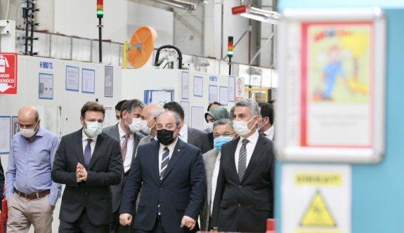 Sanayi ve Teknoloji Bakanı Mustafa Varank Bilecik'te ziyaretlerde bulundu