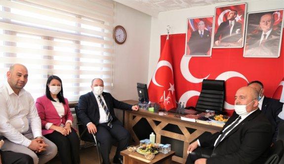 Sanayi ve Teknoloji Bakanı Varank, Bilecik Pazaryeri'nde MHP İlçe Başkanlığını ziyaret etti