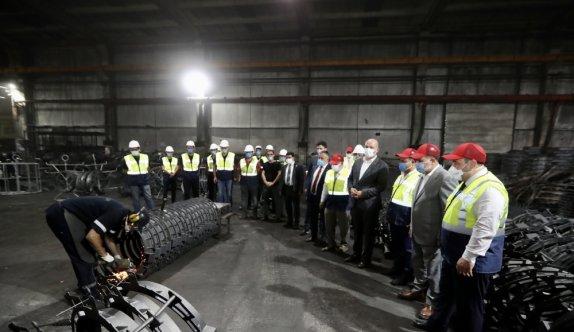 Sanayi ve Teknoloji Bakanı Varank, Bilecik'te bazı fabrikaları ziyaret etti