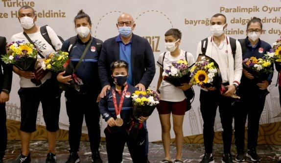 2020 Tokyo Paralimpik Oyunları'nda yarışları biten milli sporcular yurda döndü