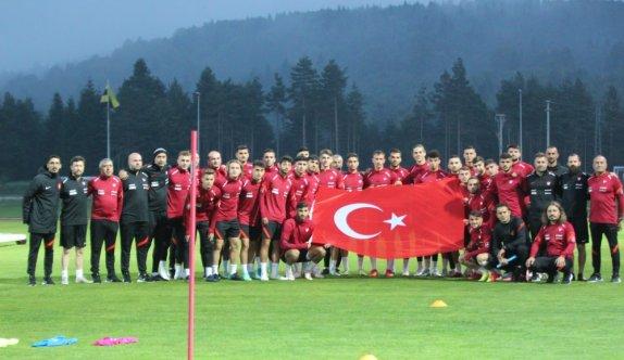 Ümit Milli Futbol Takımı, Avrupa Şampiyonası Eleme Grubu maçlarının hazırlıklarına devam etti