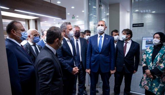 Adalet Bakanı Gül, BTSO Tahkim Arabuluculuk Merkezi'nin açılışında konuştu: