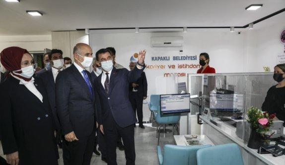 Bakan Karaismailoğlu, AK Parti Kapaklı İlçe Başkanlığında konuştu: