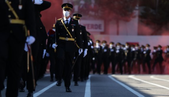 Bursa'da jandarma astsubay adayları için yemin töreni düzenlendi