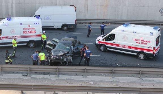 Kocaeli'de 6 aracın karıştığı zincirleme trafik kazasında 1 kişi yaralandı