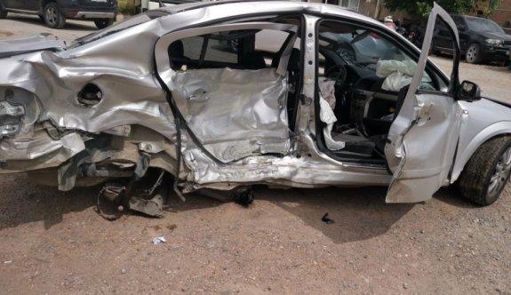 Kocaeli'de zincirleme trafik kazası: 1 ölü, 2 yaralı