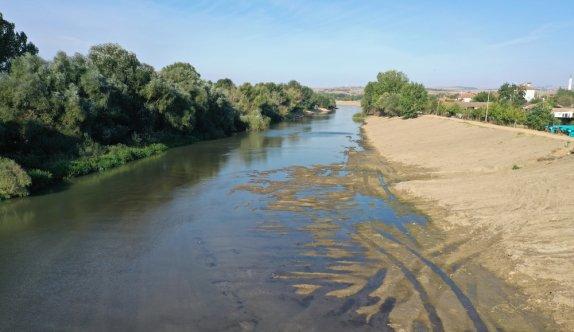 Meriç gibi Tunca Nehri'nde de kuraklığın etkisi görülüyor