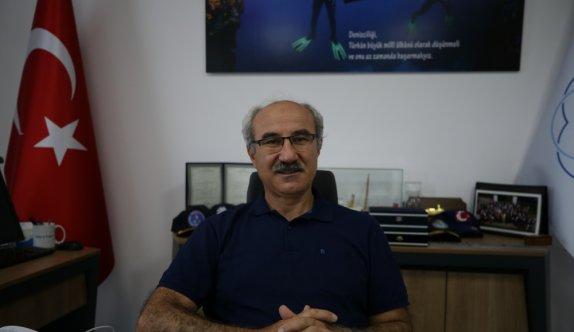 Prof. Dr. Mustafa Sarı, dalış yaptığı Marmara Denizi'nin dibindeki müsilaja ilişkin gözlemlerini anlattı: