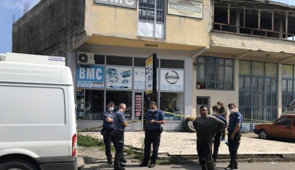 Sakarya'da tartıştığı 2 oğlunu tabancayla yaralayan baba adli kontrolle salıverildi