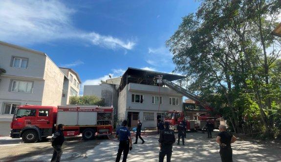 Bursa'da bir binanın teras katında çıkan yangın söndürüldü