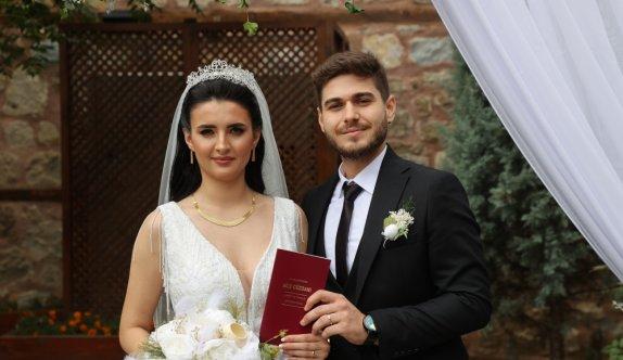 Edirne'de Rumeli ve Balkan düğünlerinin anlatıldığı müzede ilk nikah kıyıldı