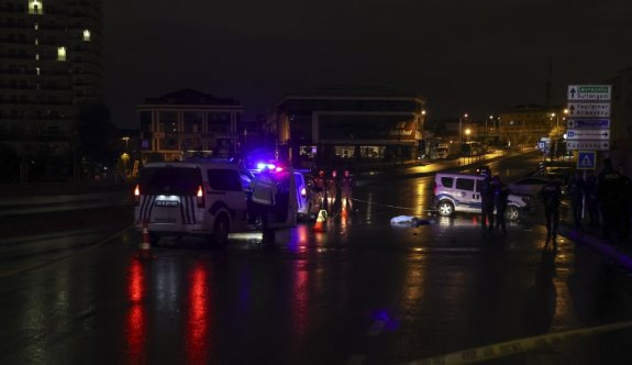 Gaziosmanpaşa'da otomobilin çarptığı 3 yaya yaşamını yitirdi