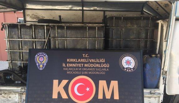 Kırklareli'nde 2 ton 800 litre kaçak akaryakıt olduğu değerlendirilen madde ele geçirildi