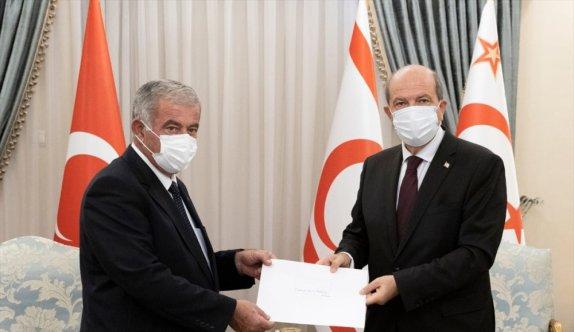 KKTC Cumhurbaşkanı Tatar, Meclis Başkanı Sennaroğlu ve Başbakan Saner'i kabul etti