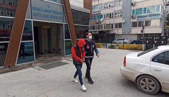 Kocaeli'de sahte banka dekontuyla dolandırıcılık yaptığı öne sürülen 5 şüpheli yakalandı