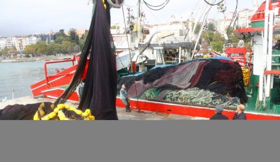 Marmara Denizi'nde poyraz ulaşımı etkiliyor