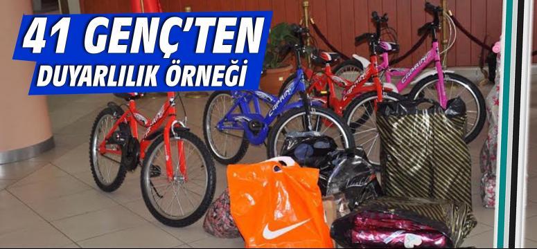41 Genç'ten Cumaköy'e oyuncak