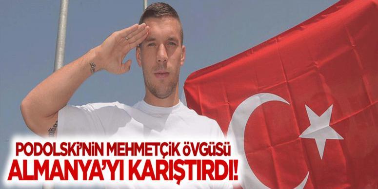 Podolski'nin Türk bayrağı paylaşımı Almanya'yı karıştırdı!