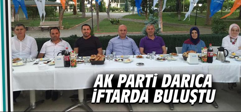 AK Parti Darıca iftarda buluştu