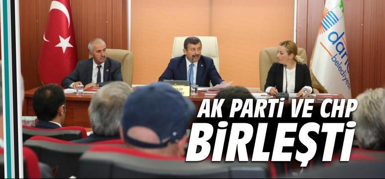 AK Parti ve CHP birleşti