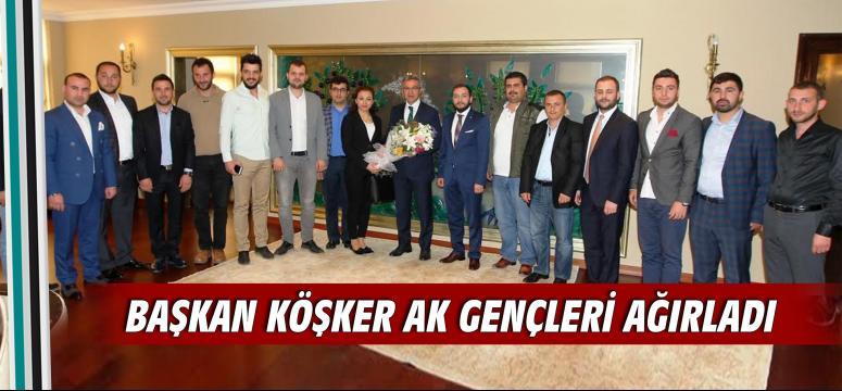 Başkan Köşker AK gençleri ağırladı