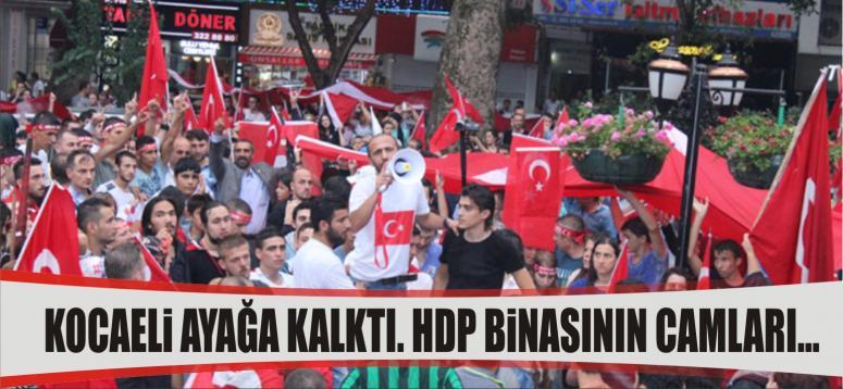 HDP binasının camları kırıldı, bayrakları indirildi
