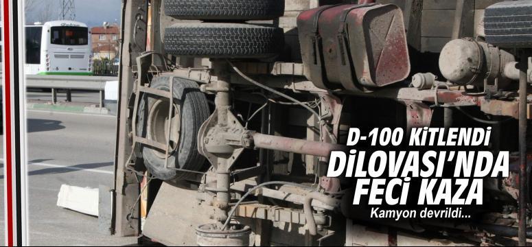 Kamyon devrildi D-100 Karayolu trafiğe kapandı