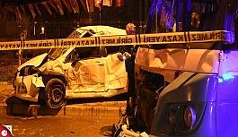 Otomobil park halindeki minibüslere çarptı: 2 ölü