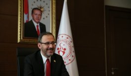 Bakan Kasapoğlu, Gençlik Haftası'nda temsilci gençlerle görüştü