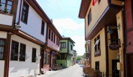 Bursa, Eskişehir ve Balıkesir'de cadde ve sokaklar sessiz kaldı