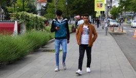 Trakya'da gençler sokağa çıkmanın keyfini yaşadı
