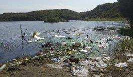 Eyüpsultan'daki gölete atık döküldüğü iddiası