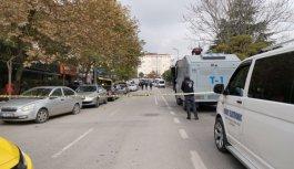 Kocaeli'de izinsiz yürüyüş yapmak isteyen gruba polis müdahale etti