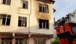Kocaeli'nde yangın çıkan evde bir kişinin cesedine ulaşıldı