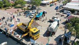 Ayvalık'ta dün etkili olan fırtına nedeniyle 80 teknenin battığı belirlendi