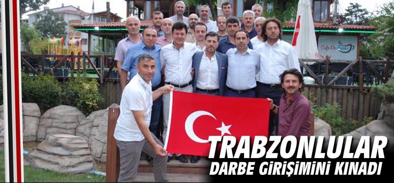 Trabzonlular Darbe Girişimini Kınadı